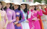 چالش پوشیدن لباس بچگانه در چین و نگرانی از تمایل به لاغری غیر طبیعی در میان زنان