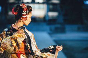 لباس های سنتی با پارچه ابریشمی یوزن ژاپن