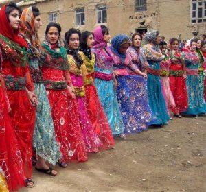 لباس زنان کرد