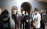 معاون هنری از نمایشگاه لباس عاشورایی بازدید کرد